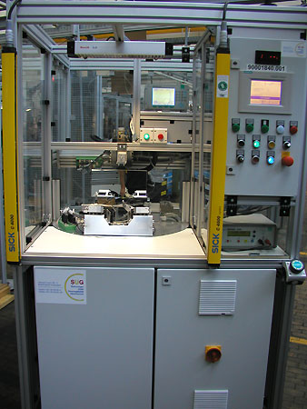 Automatic testing station for driver airbag module